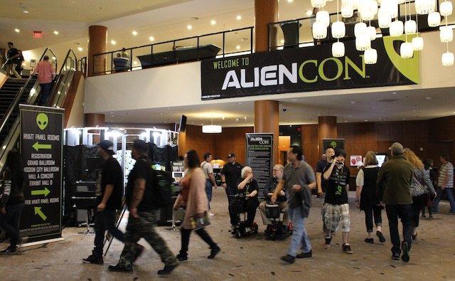 AlienCon_02.jpg