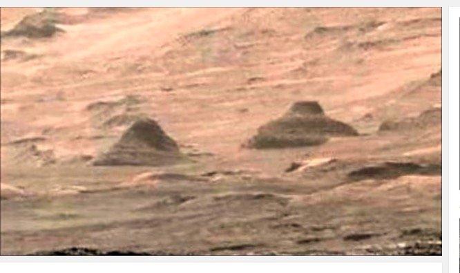 Ancient_Pyramids_on_Mars1202.jpg