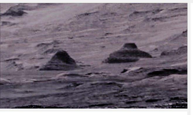 Ancient_Pyramids_on_Mars1203.jpg