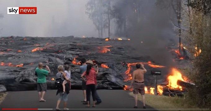 キラウエア火山噴火は日本の巨大地震と富士山噴火の引き金だった! 過去データで完全判明、今すぐ備えを確認せよ!の画像1