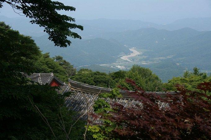 Korea-Gyeongju-Seokguram-15.jpg