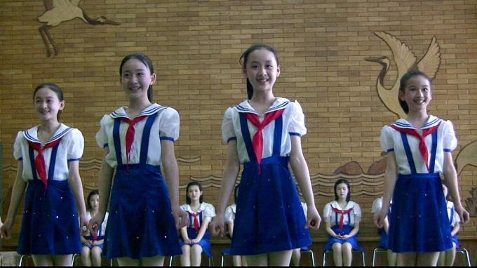 Mangyondae_Schoolchildrens_Palace_in_Pyongyang_03.jpg