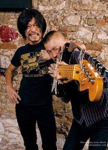 日本発・イカれまくったパンクロックバンド「無限放送」がアメリカで話題沸騰中! 全米ツアーの映画化(監督:小林治)に向けてクラウドファンディングに挑戦中!の画像1
