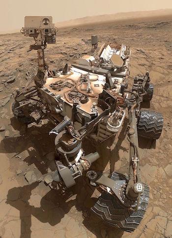 Sarcophagus_on_Mars02.jpg