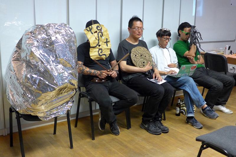 ドイツ人たちは縄文タトゥーをどう見たか? カウンター視点の国際芸術祭「ドクメンタ14」&ドイツで開催された『縄文族 JOMON TRIBE』展の顛末の画像9