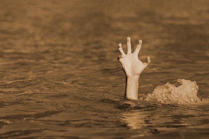 奇習! 静岡県のドブ妖怪「川から伸びる無数の手」 ― 渓流のほとりに供えられたものが持つ意味の画像1