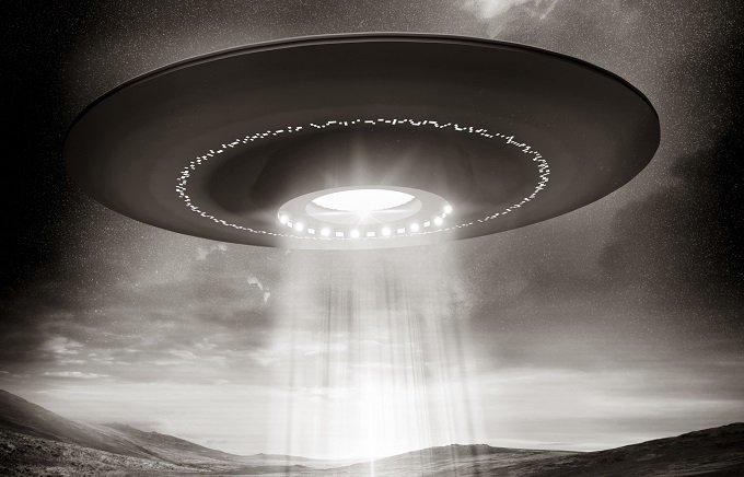「UFOとの遭遇は…」スペースシャトルの乗組員20年の沈黙を破って証言の画像1