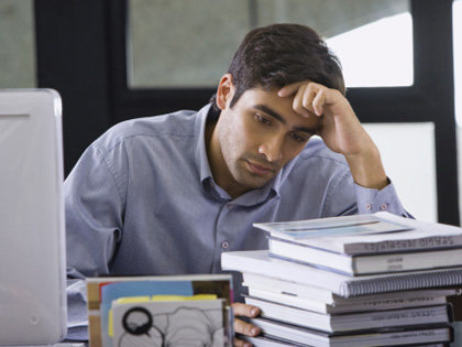 「間違いなく早死にする」エイベックス未払い残業代支払いも社員は文句タラタラ「社長は会社に来ないで釣りばかり…」の画像1
