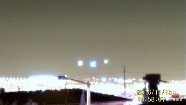 Three_UFOs1203.jpg