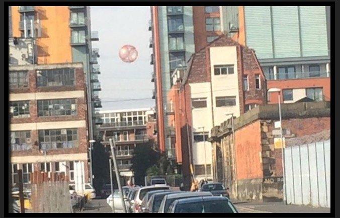 UFO_in_Manchester0101.jpg
