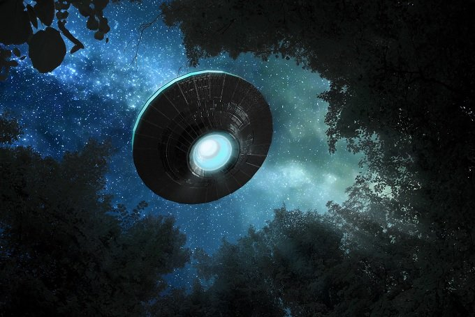 「UFOを操縦してタイムトラベルした」エリア51の元海兵隊員が実名告発! 反物質リアクター、墜落事故、黒スーツの男… 核心に迫る重要証言がついに登場か!?の画像1