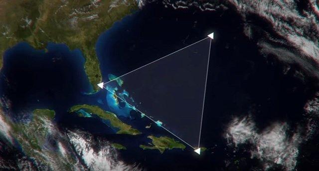 バミューダトライアングルの謎、ついに解明へ! 真実は六角形の穴に隠されていたの画像1