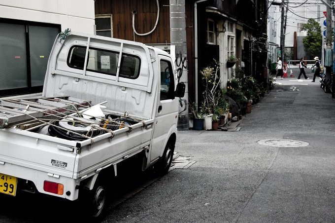 街で見かける謎のトラック「不用品回収業者」はなぜ潰れないのか? 誰も知らない稼ぎのカラクリと現状とは?の画像3