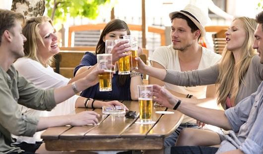 「適量」のアルコールは、想像以上に多い可能性! 1日ビール2L以上も健康に害なし!?の画像1