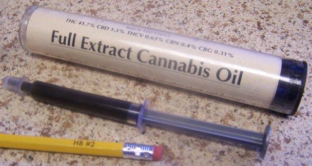 cannabisoil3.JPG