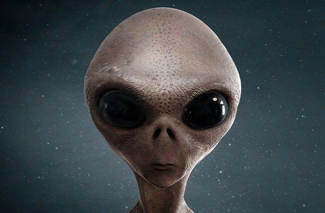 スマパンのビリー・コーガンがラジオで衝撃暴露「人が何かに変わるのを見た!」  シェイプシフト中の爬虫類型宇宙人レプティリアンの存在を暴露か!の画像2