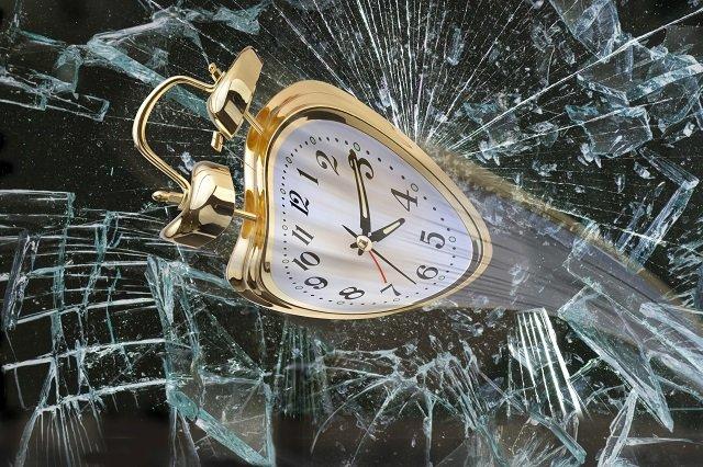 我々は今を生きていない、80ミリ秒前を生きていることが判明! 実験「フラッシュラグ効果」が証明、過去を改変する認知作用とは?の画像1