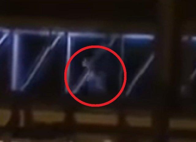 空港で大勢の幽霊乗客員「ゴースト・パッセンジャー」が激写される! 墜落事故で死亡した乗客の集団か?=タイの画像4