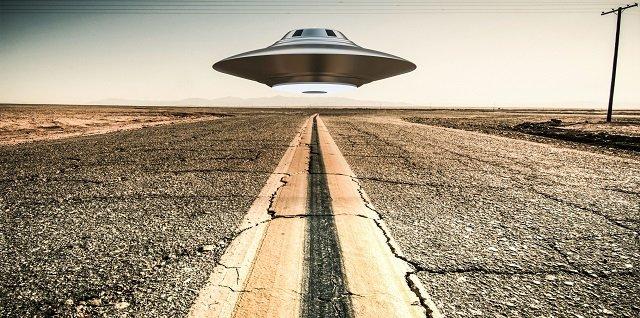 【悲報】「日本政府はUFO対策していない」閣議決定の背景を専門家が徹底解説! UFO対策には憲法9条改正が必須で…の画像1