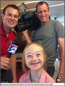 ダウン症の子どもの前に現れた「守護天使」をバッチリ撮影することに成功! やはりダウン症児は天使だったの画像1