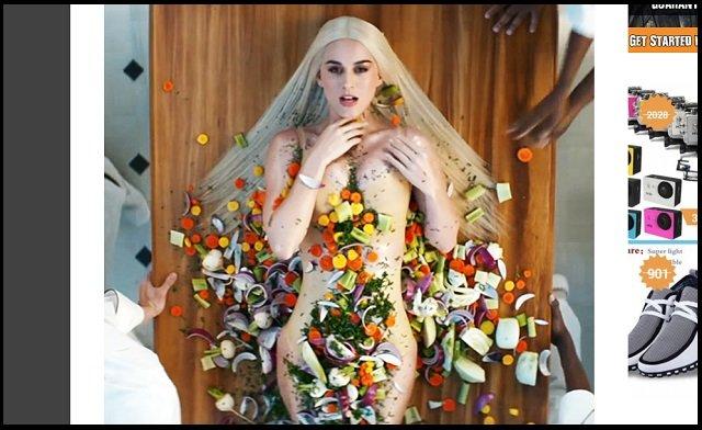 【衝撃】ケイティ・ペリーがイルミナティの完全奴隷であることが発覚! 全裸女体盛り&カニバリズムPVが ロスチャイルドの秘密パーティと酷似!の画像1