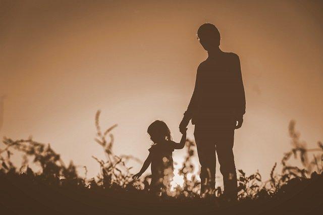奇習! 実父と娘が常習的セックス、子どもができたら… 秋田県南部で行われていた伝統的近親相姦の画像1