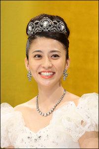 小林麻央さん、ブログに書かれなかった花咲き乳がんの壮絶闘病生活とは? 皮膚を突き破る腫瘍の腐臭に涙の日々…の画像1