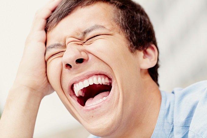 【閲覧注意】笑っただけで最凶グロサイトに掲載された男 ― 世界が戦慄した「おぞましすぎる満面の笑み」の画像1