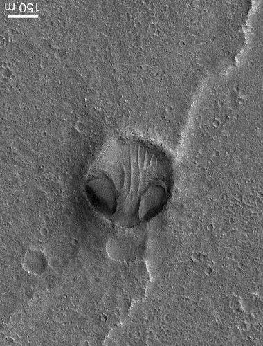 【衝撃】NASAが火星で「クリセ・エイリアンの顔」を激写! 100%宇宙人の姿…ナスカの地上絵とも関連か!の画像2