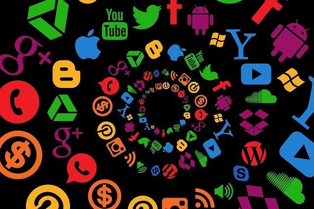 【衝撃】グーグルやFacebookのロゴに隠された4つの象徴! フリーメイソン、イルミナティ、悪魔崇拝…! の画像1