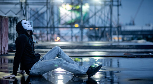川崎麻世、愛人アイドル・花音の発覚で完全に「フライデー」を敵にまわしヤバいことに…! 永久出禁疑惑・Xの存在も!の画像1