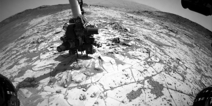 NASA火星探査機が「逃げ惑うゴキブリ」を多数激撮? 火星の荒野を走り回る超衝撃映像!の画像1