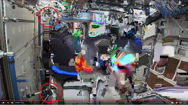 【衝撃】宇宙飛行士のライブ映像が合成である証拠が流出!クロマキーで確定、 やはり人類は宇宙に行ってない!?の画像4