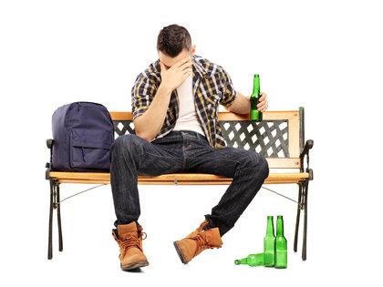 なぜ「二日酔いの頭痛」に苦しめられるのか?アルコールと頭痛の関係の画像1