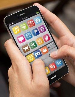 会話中に携帯を見る「ファビング野郎(ファバー)」の特徴6つ! 人間関係を破壊する完全アウトな行為とは?(最新研究)の画像2