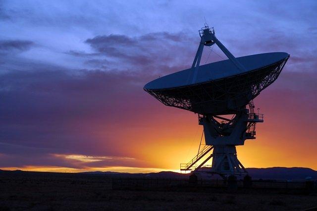 宇宙から「謎の電波」ニュースを徹底解説! やはり宇宙人からのメッセージ…物理学者が可能性を説く!の画像1