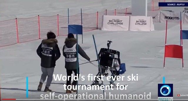 平昌で世界初のロボットスキー大会も開催中! 竹島の守護神「テコンV」も参加、ショボすぎて世界から嘲笑の嵐の画像2