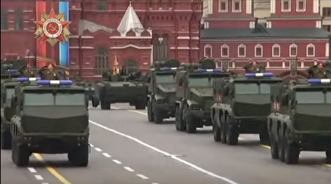 russiaparade110.jpg
