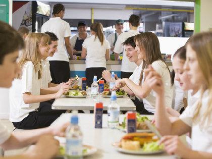 春名風香さん「中学校の昼休憩が15分」に大きな反響 子どもに教えたい「食育」とは?の画像1