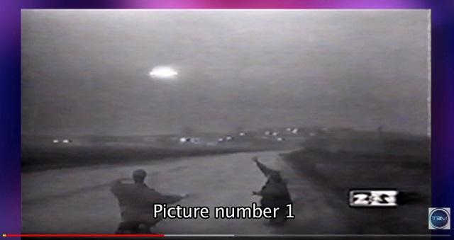 【衝撃】ロシアで「超巨大UFOの着陸映像」がTVでガチ放送されていた! エネルギー波で銃を無効化、謎の写真も!の画像1