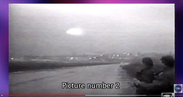 【衝撃】ロシアで「超巨大UFOの着陸映像」がTVでガチ放送されていた! エネルギー波で銃を無効化、謎の写真も!の画像2