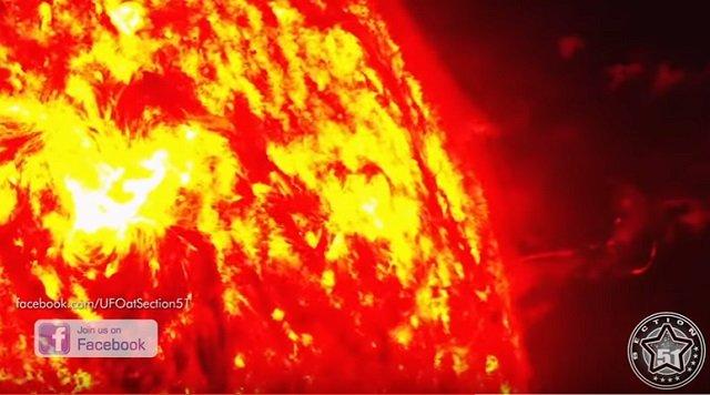 太陽からエネルギーを吸引する超巨大「じょうろ型UFO」出現!  鮮明な映像に「人類はもうダメかもしれない」の画像2