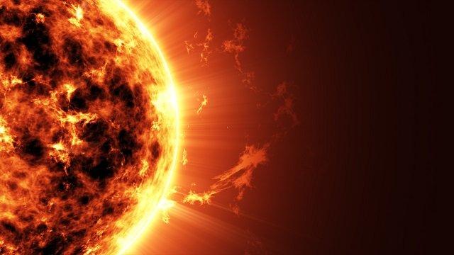 太陽からエネルギーを補給する「木星サイズの超巨大UFO」が激撮される! NASAの観測衛星がバッチリ撮影!の画像1