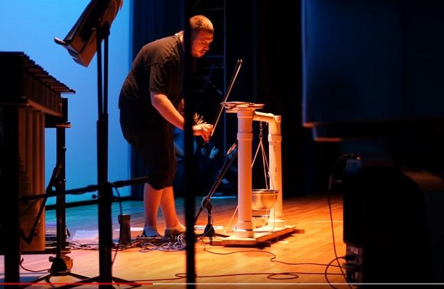 【音アリ】ついに「宇宙人のための音楽」が完成! 実験哲学者ジョナソン・キーツがヤバ過ぎるアセンション音を披露!の画像2
