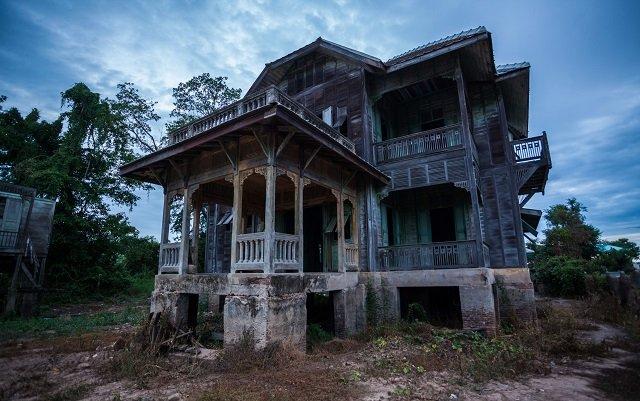 住民全員が忽然と姿を消した4つの町! 地震後に村人700人が謎の失踪、全住民が地下室で…!の画像1