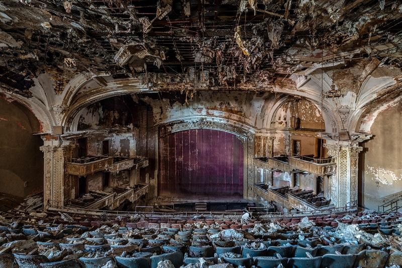 死ぬまでに絶対行きたい「世界のヤバイ廃墟」10選! 精神病院、ラブホ…世界的廃墟写真家ボブ・ティッセンが捉えた闇の絶景!の画像9