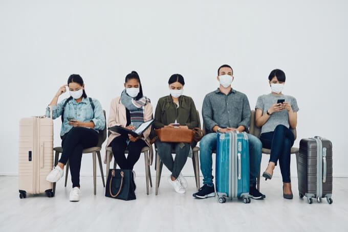 【超重要】菅義偉率いる売国政権日本の空港の検疫体制がヤバい! 全データ抜き取り、追跡アプリ強制、対処法は…ジェームズ斉藤の画像1